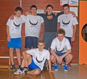 51 300x274 - Sovica in nogomet