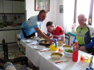sovice 2 300x225 - Nedeljska kolesarska tura 3.junij 2012 - Črni vrh nad Idrijo