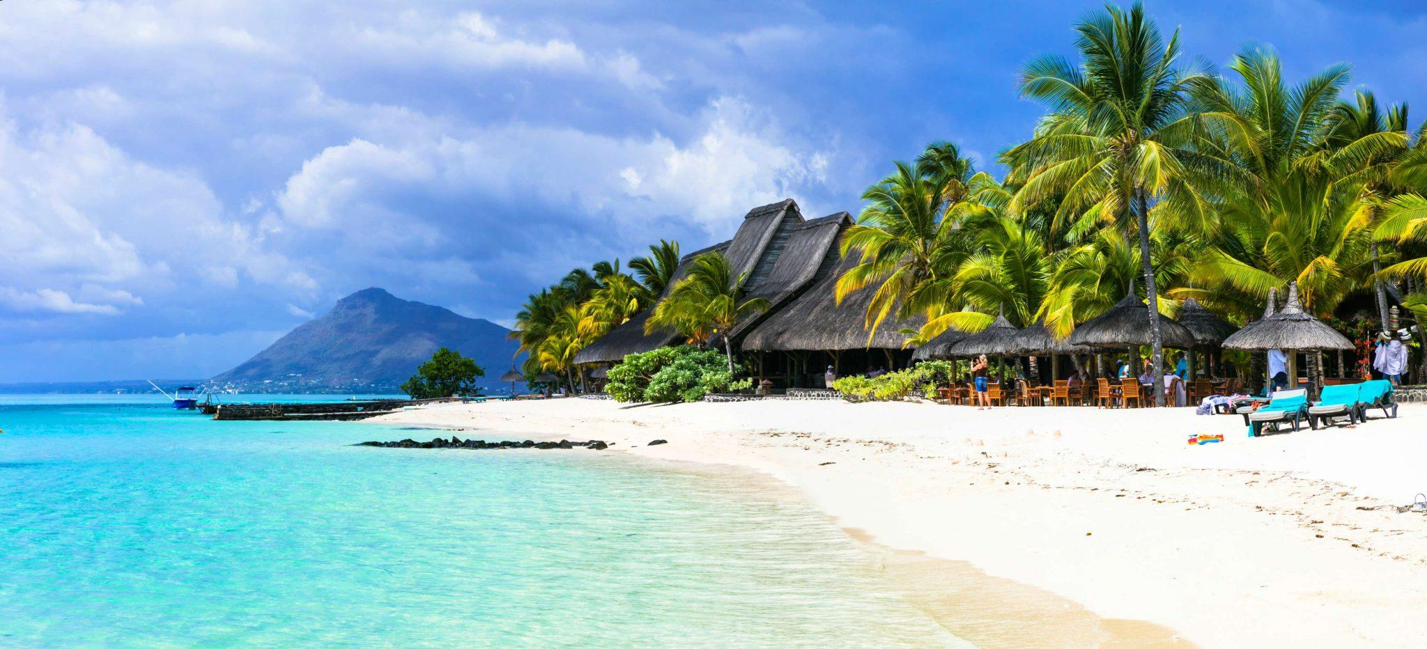 Mauritius 1 - 65. Nočni pohod na Slivnico
